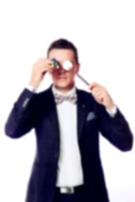 Corporate Magician - Andino