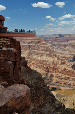 Grand Canyon West - 90 miles