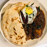 Mutton%20Curry%20with%20Parata_edited.jp