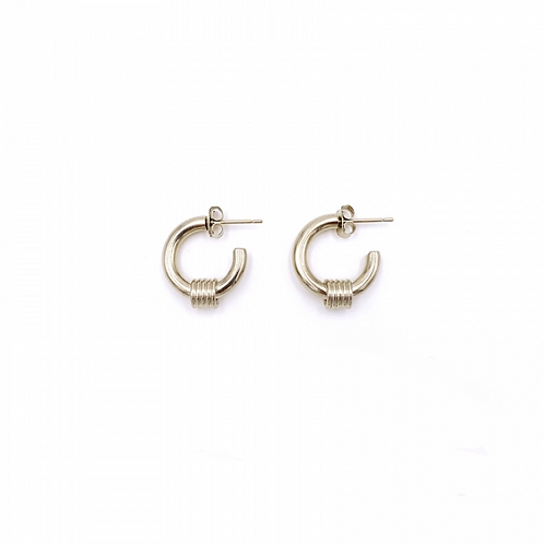 JUSTINE CLENQUET Carrie Gold Earring