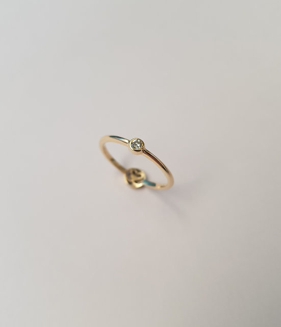 SPECIAL DIAMOND RING