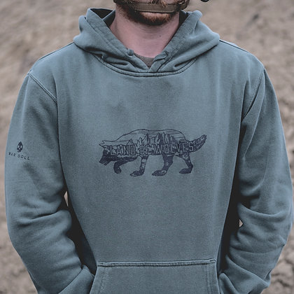 Land of Wolves Pullover