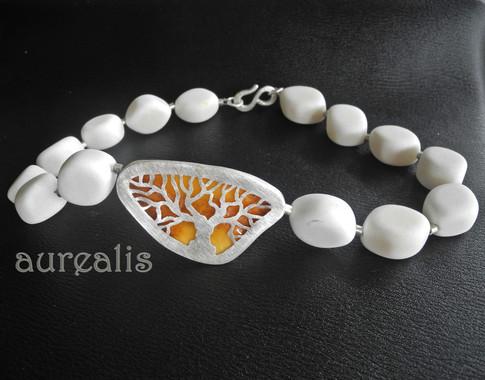 Aurealis Amber Tree of Life Necklace