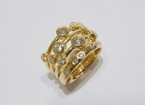Aurealis Diamond Stacker Ring