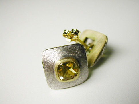 Aurealis Gold Topaz Earrings