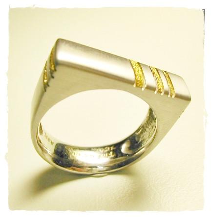Aurealis Gentleman's Ring