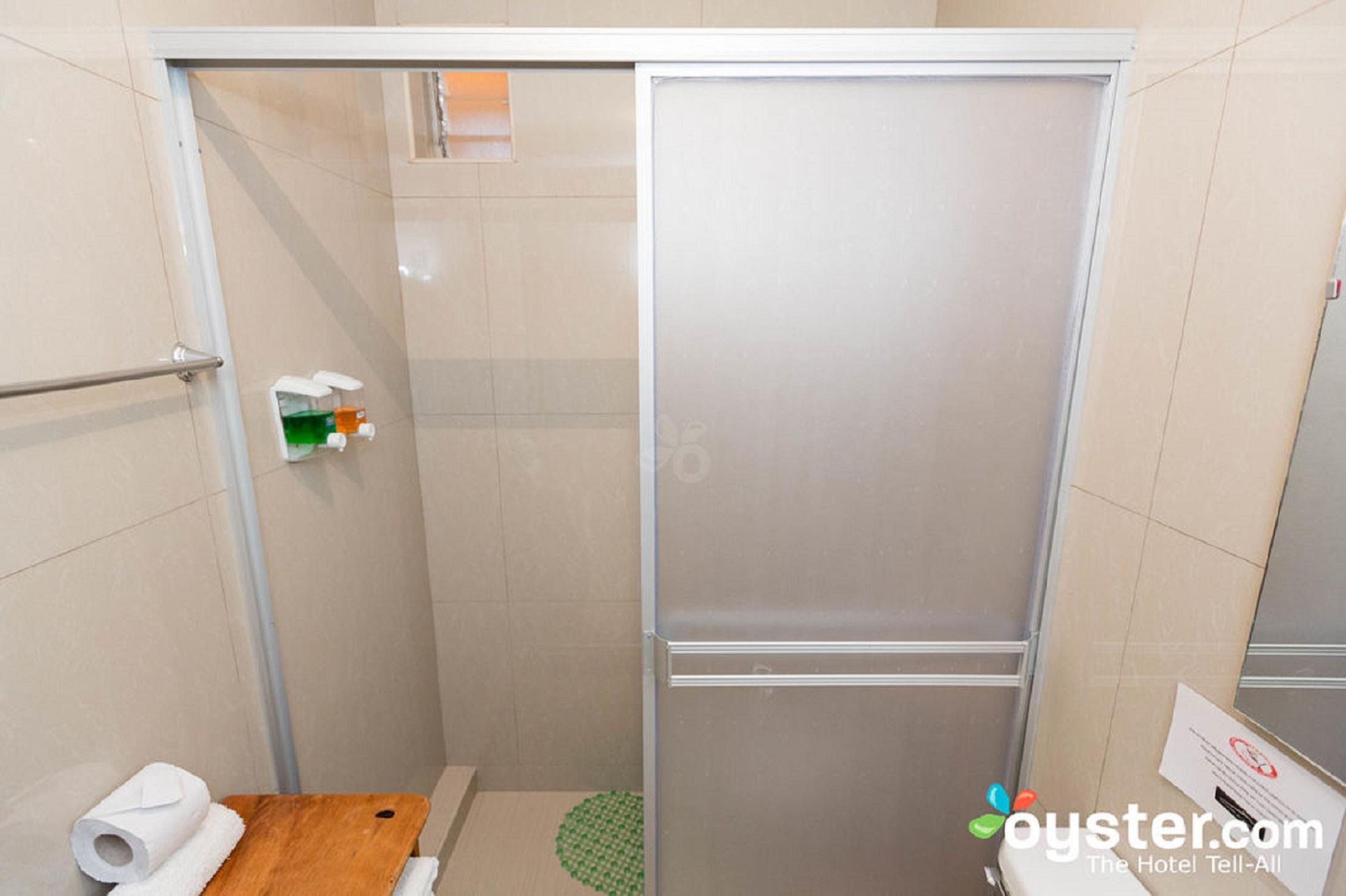 5-bed-room--v16464856-1024