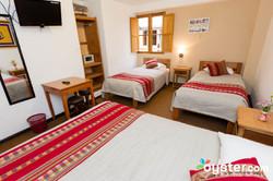 triple-room--v16465032-1024