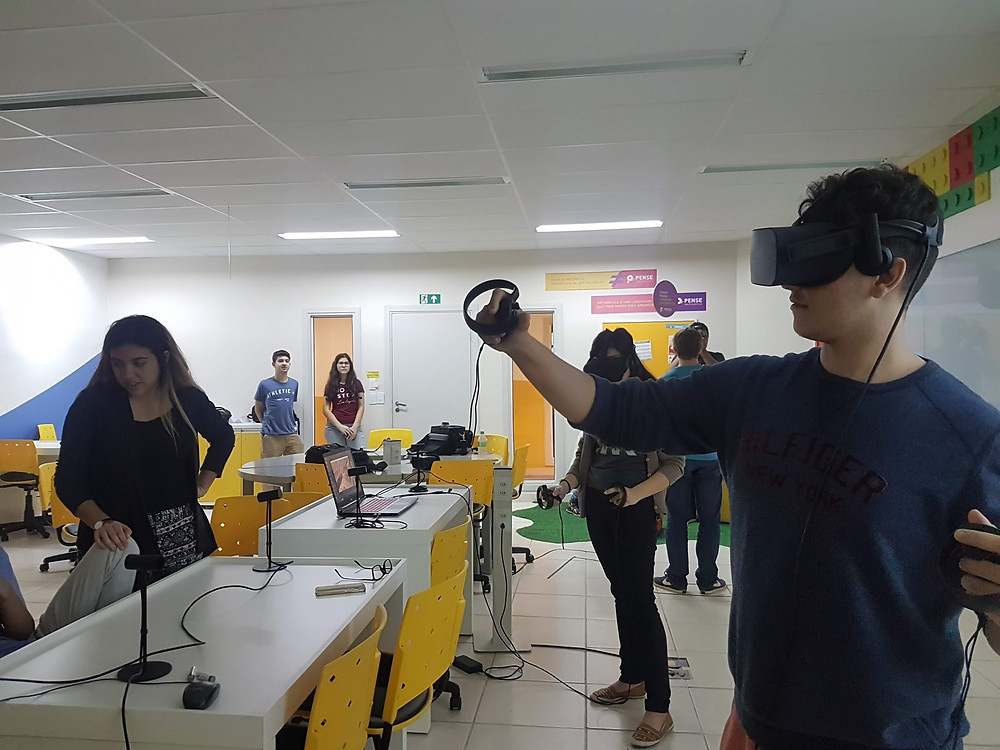 VR; AR; education; flipped classroom; blended learning; teaching