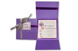 ENVELOPE WITH INSERT AND RIBBON STYLE