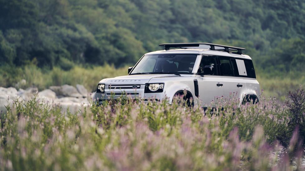 Land Rover PH_DSC4058_LOW_RES.JPG