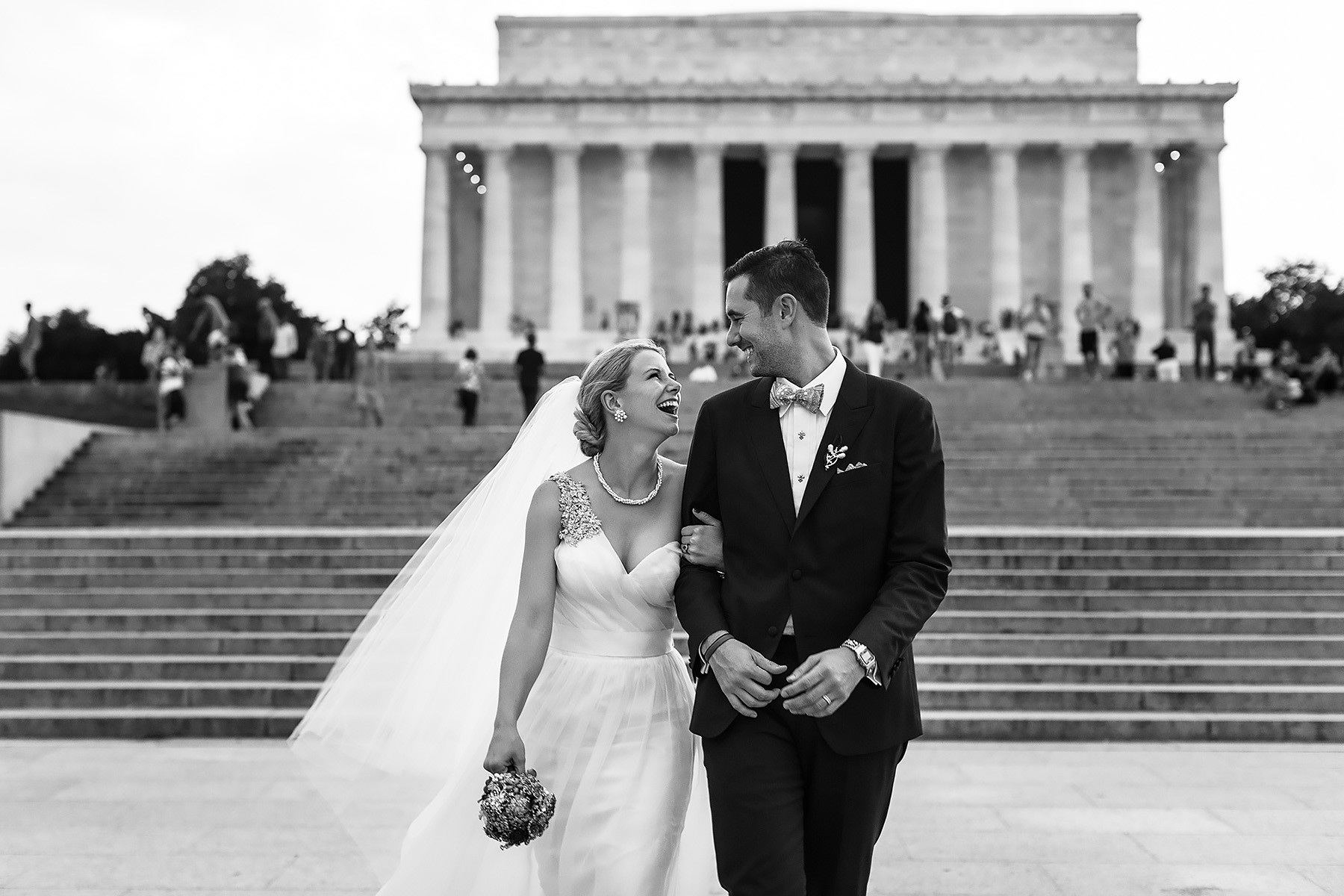 Bride & Groom at the Lincoln Memorial