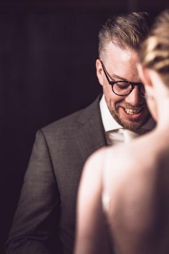 Bruidegom legt gelofte af