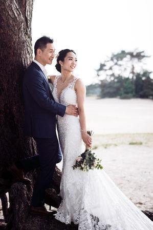 Fine-art fotoshoot met Chinese bruidspaar @Soesterse Duinen in Utrecht