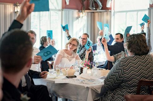 Bruidsspellen spelen met alle gasten in Lekkerkerk