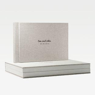 Trouwalbum van linnen met linnen geschenkbox