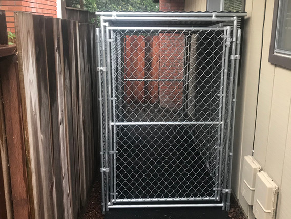 4' x 10' w/ gate on both ends.jpe