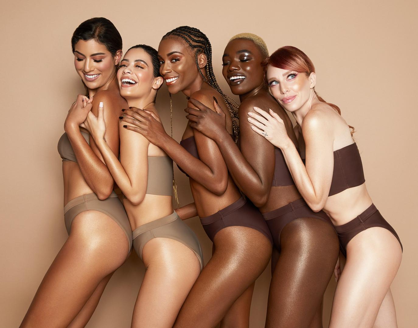 "Melanie Mills ""Gleam"" Beauty Campaign"