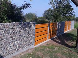 Stein-Holz-Zaun 2