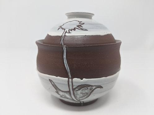 Close to home, lidded sugar jar, holds around 8 oz