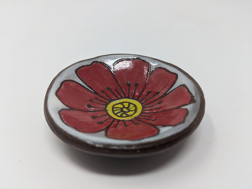 Poppy Ring Holder