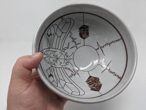 Cicada bowl, holds 24 oz