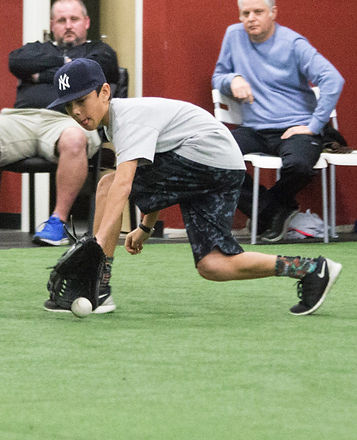 Shortstop backhand catch at Hebs infield camps