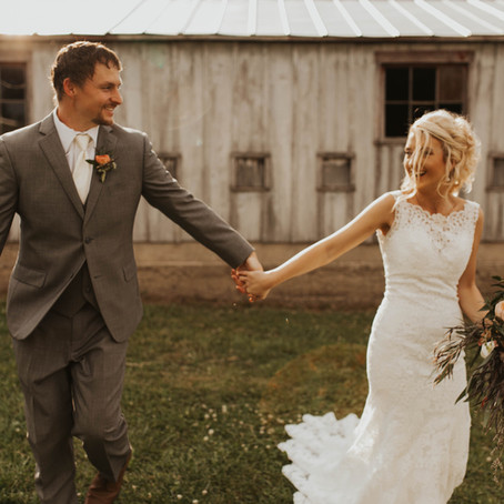 Cate & Brandon's Rustic Wedding with Moody Hues