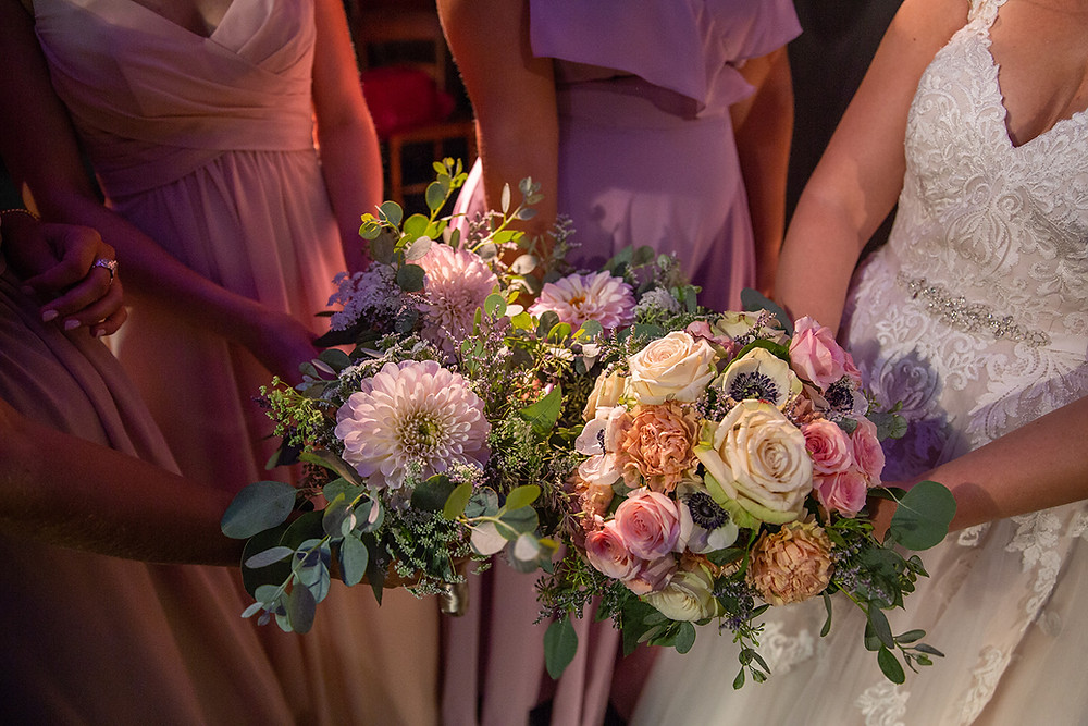 How Much Do Wedding Flowers Cost A Guide For Brides On A Budget