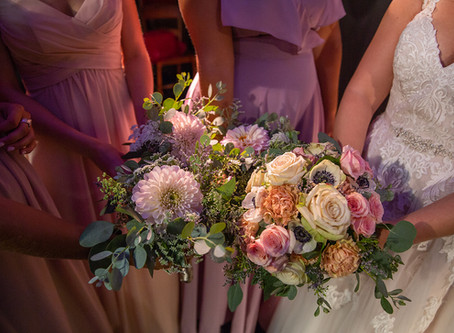 How Much Do Wedding Flowers Cost? A Guide for Brides on a Budget