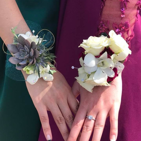 Stand Out at Prom with Wearable Flowers