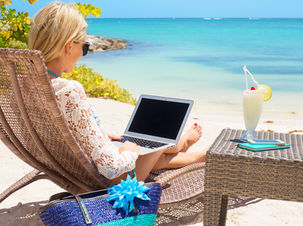Barbados Welcomes Remote Workers To Stay  For One Year And Work By The Beach