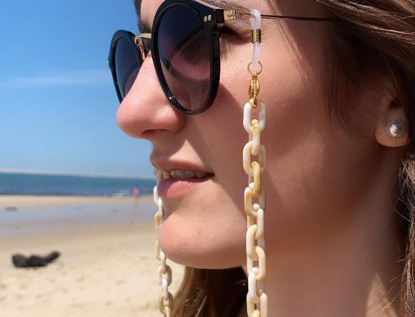 Chaîne de lunette acrylique