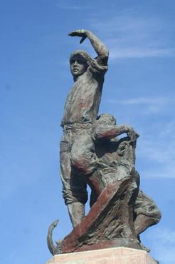 monumento_a_los_marineros_punta_umbría.j