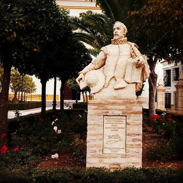 #monumento  a #cervantes  para #pueblade