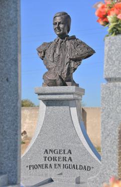 """Pantgeón Ángela """"torera"""""""