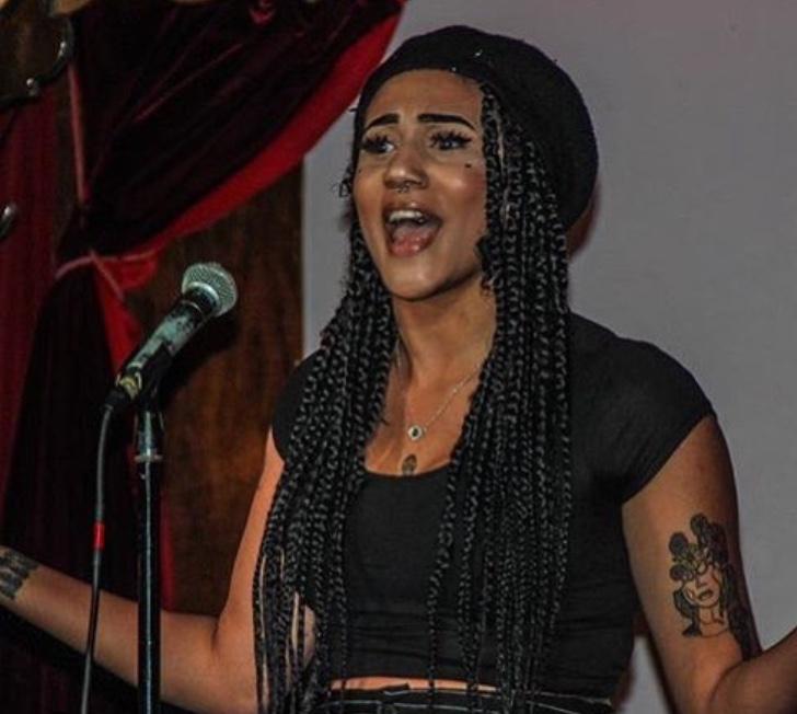 Shaelyn Handy-Poet