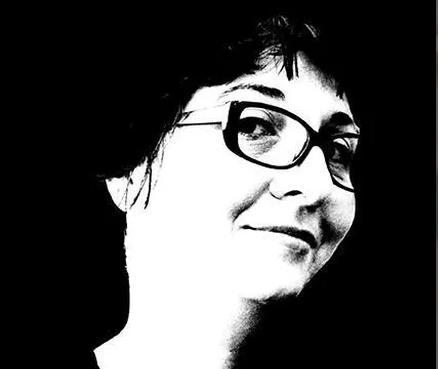 Angela Navarro-Artist