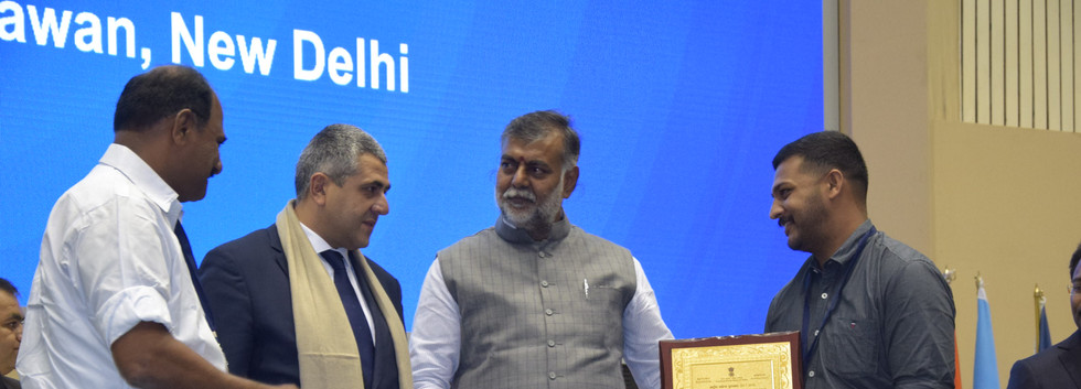 ROSEGARDENS MUNNAR IS AWARDED THE BEST HOMESTAY IN INDIA. AWARD PRESENTED BY TOURISM MINISTER AND UNWTO SECRETARY ON SEPTEMBER 27, 2019