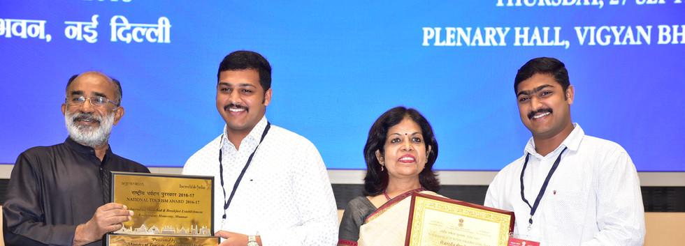 National Award 16-17 P.JPG