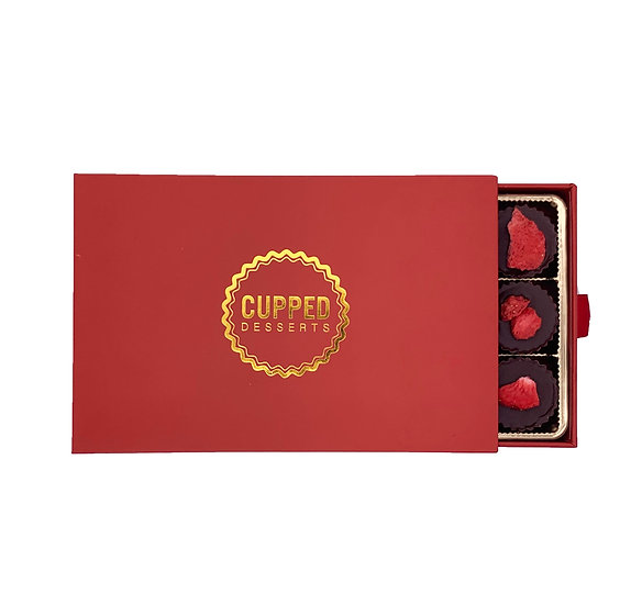 Lovers Chocolate Strawberry Cups Box