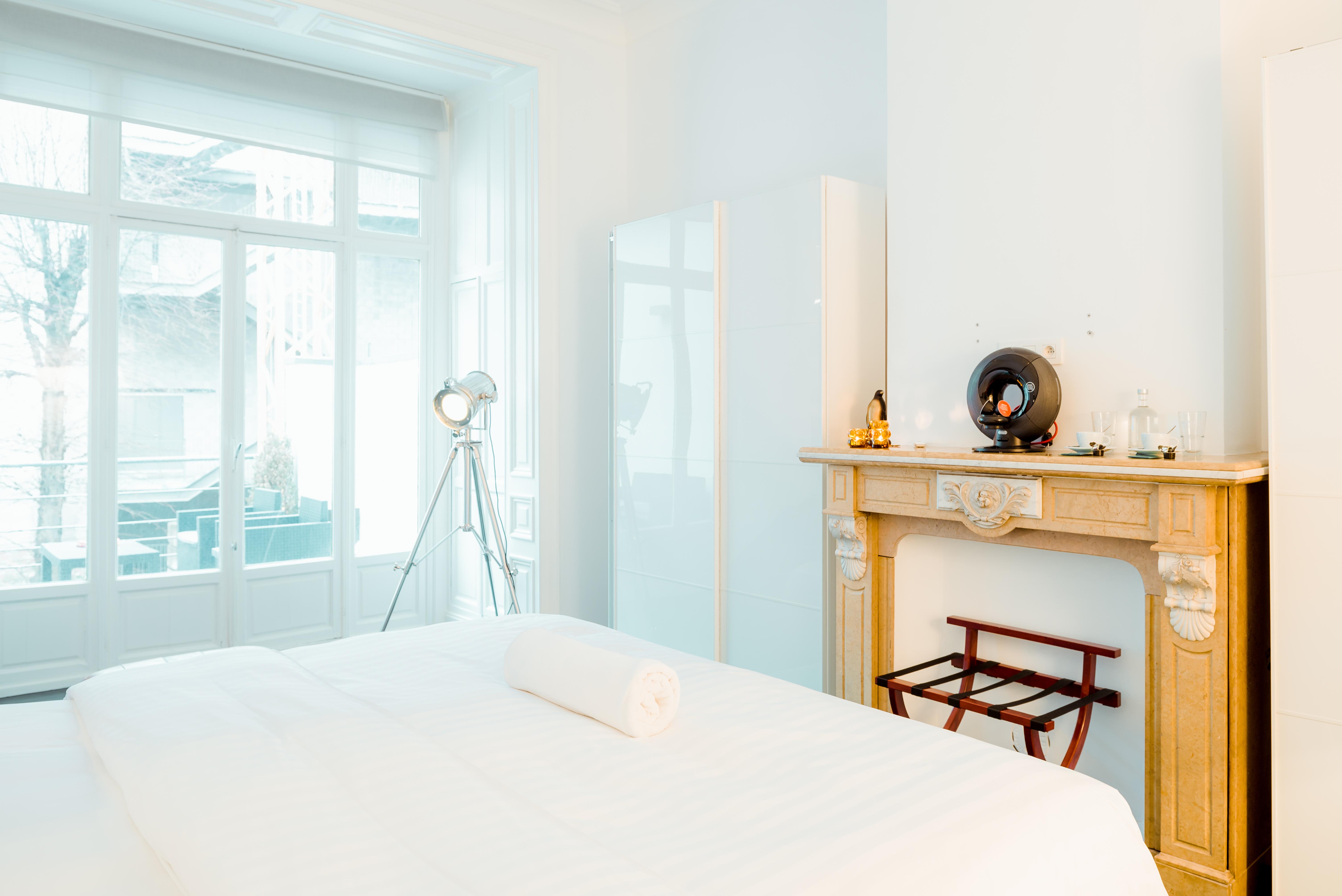 Heirloom_A Flemish Tale_room 1_3.jpg