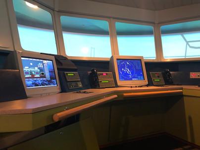 Trenazher-GMDSS-TGS-4000-01.JPG