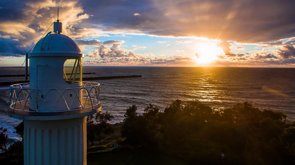 YAMBA LIGHTHOUSE SUNRISE.jpg