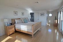 2nd floor master suite - king bed