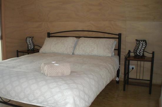 Luxury Two-Bedroom Cabin 02.jpg