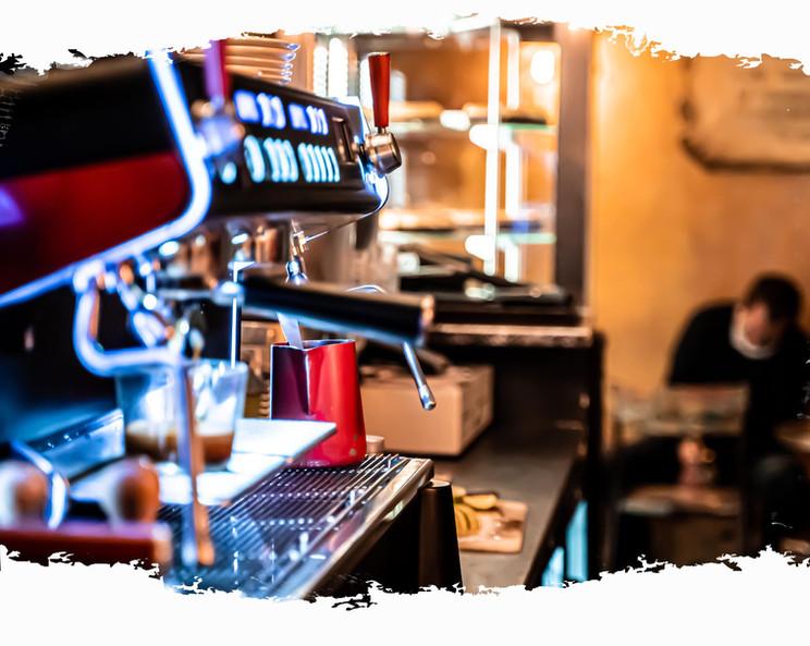 nuage cafe lyon - coffee machine.jpg