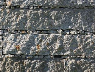 Ayudas para la rehabilitación con granito de fachadas.
