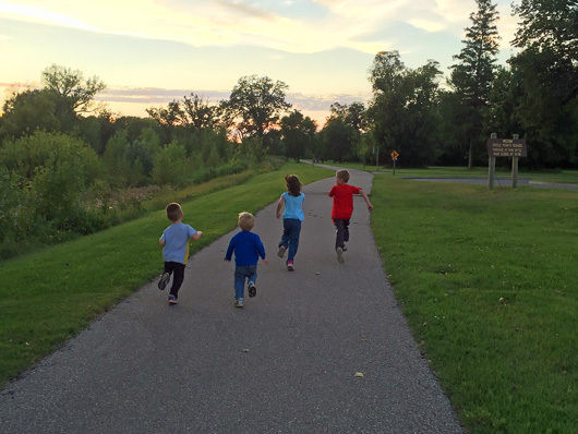 kids-running-on-the-greenway
