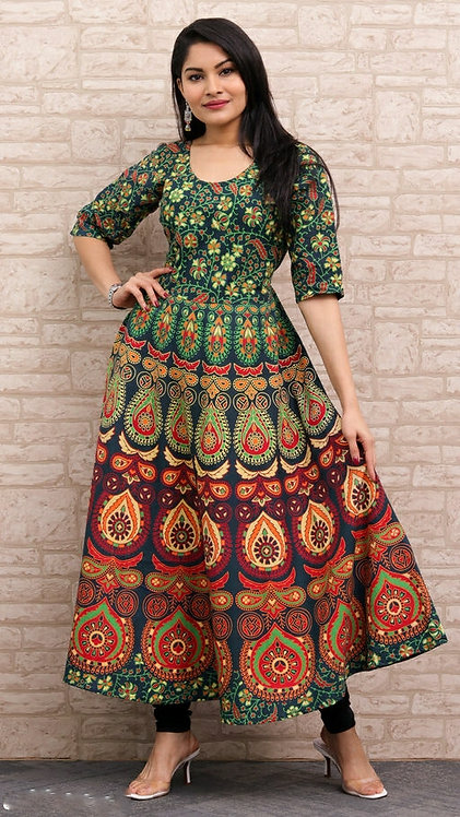Green Colored Casual Wear Printed Cotton Kurti